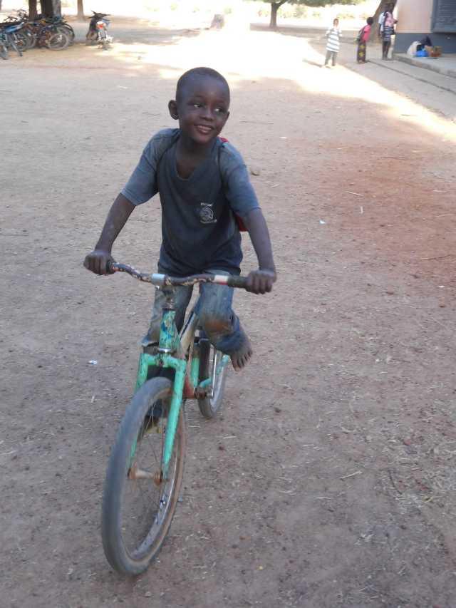 Garçon Vélo 2*